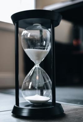 hour glass_eoy